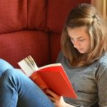 Learning English Through Reading
